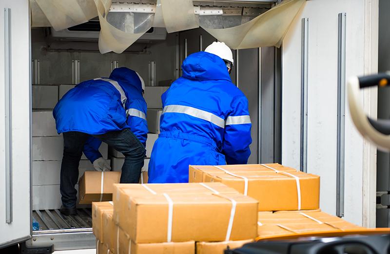 食品の定期輸送、部品工場から組立工場への輸送